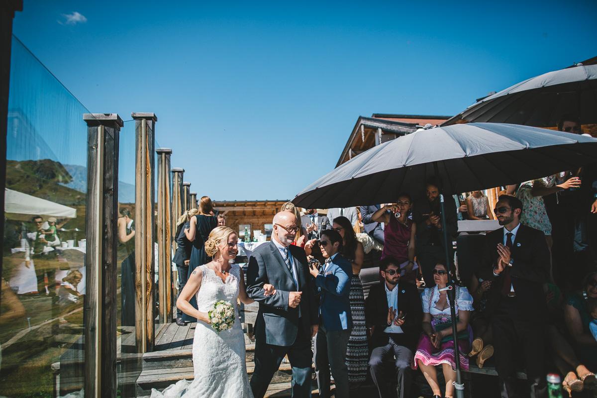 Hochzeit Kristallhütte 24 - Berge-Liebe-Hochzeit