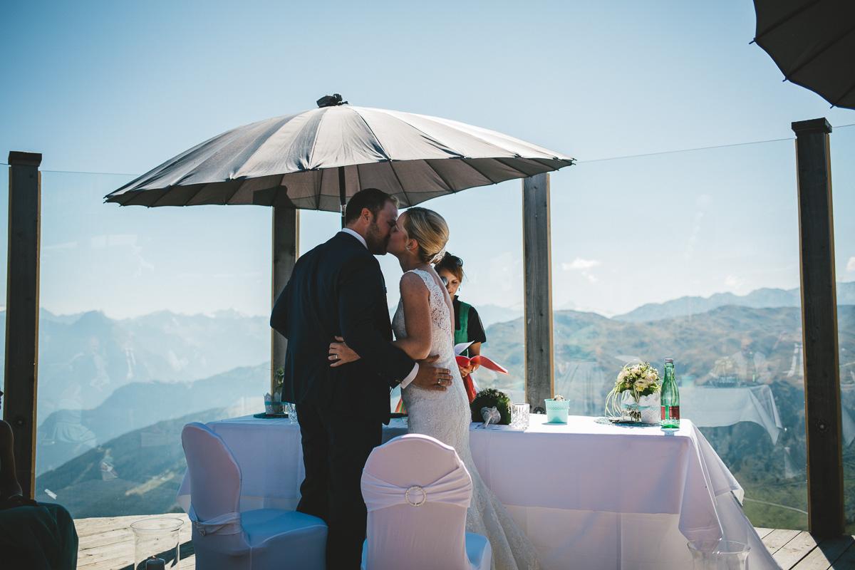 Hochzeit Kristallhütte 31 - Berge-Liebe-Hochzeit