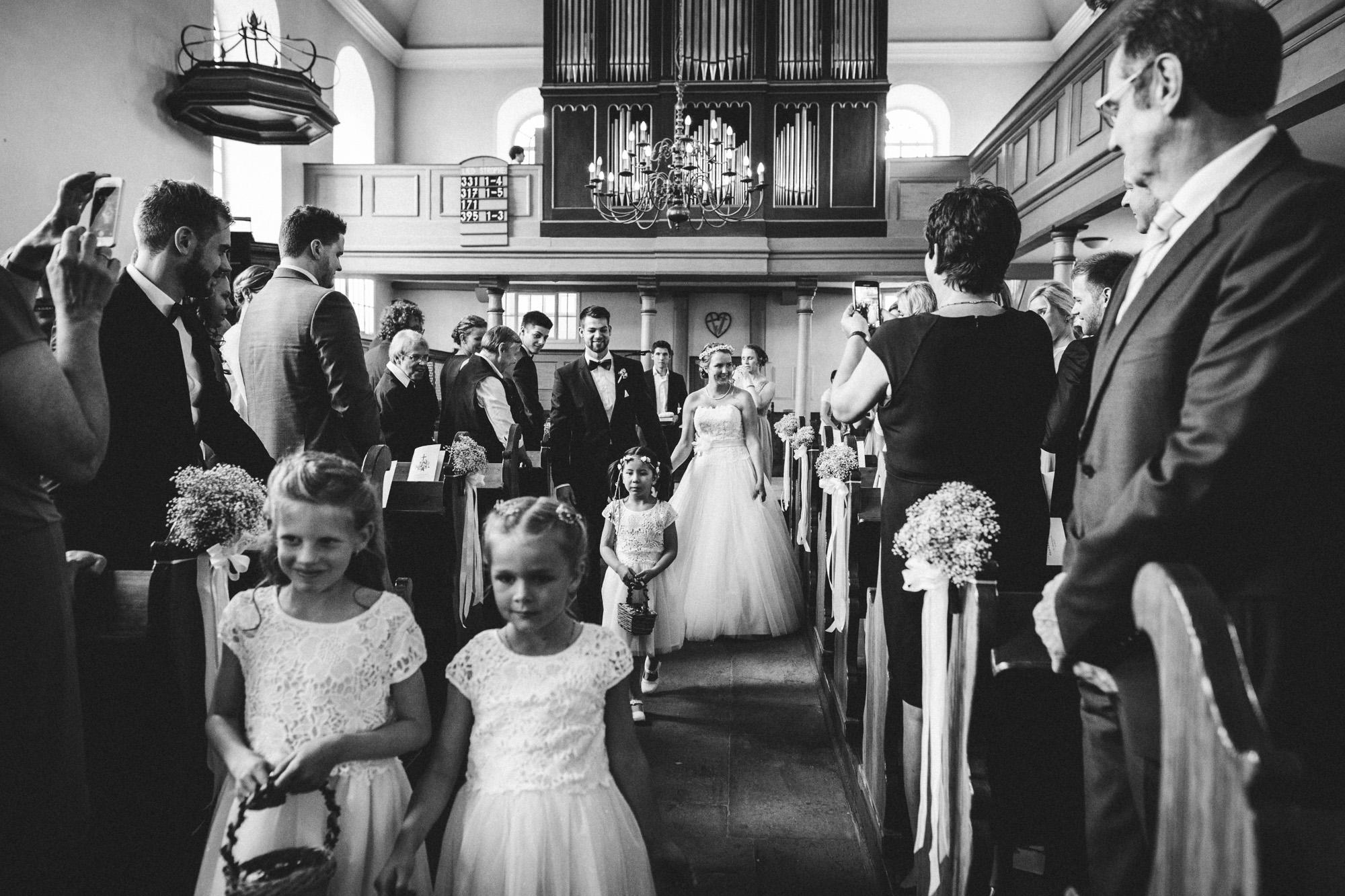 hannah und elias 106 - Schwarz-Weiß Hochzeit