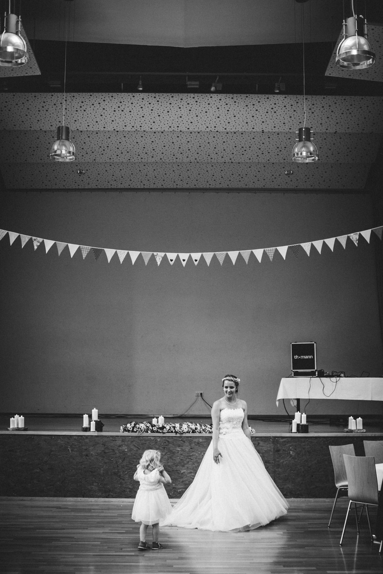 hannah und elias 442 - Schwarz-Weiß Hochzeit