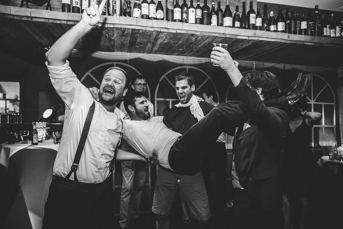 Hochzeit Kristallhütte 100 - Berge-Liebe-Hochzeit