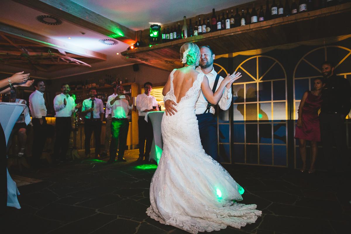 Hochzeit Kristallhütte 69 - Berge-Liebe-Hochzeit