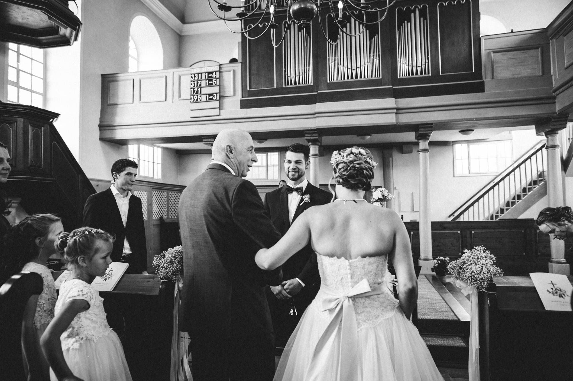 hannah und elias 016 - Schwarz-Weiß Hochzeit