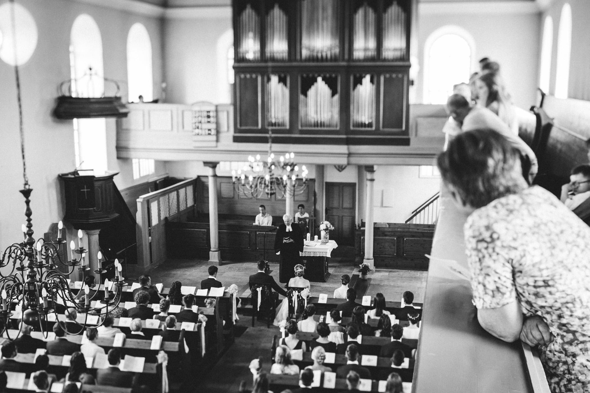 hannah und elias 043 - Schwarz-Weiß Hochzeit