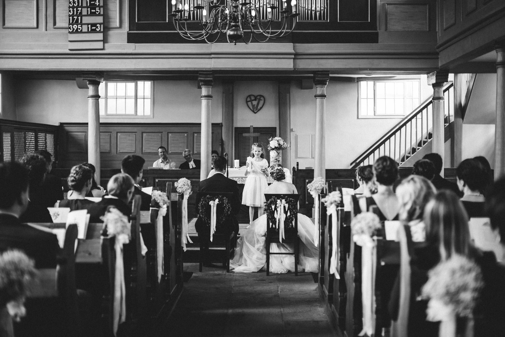 hannah und elias 096 - Schwarz-Weiß Hochzeit